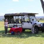 Jeep Empfang im Busch